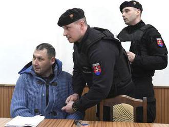 Colníci sídlili u Vadalu, polícia má podozrenie z trestného činu