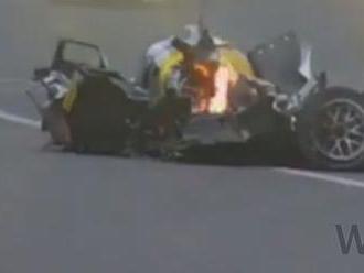 Video: Bývalý pilot F1 Webber mal v Brazílii ťažkú nehodu