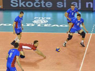Slovenskí volejbalisti v Zlatej európskej lige podľahli Lotyšom, získali iba jeden set