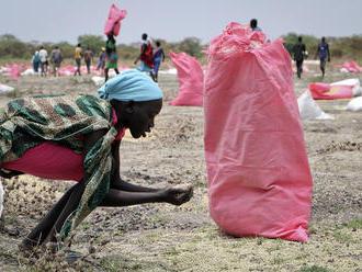 Jedno jedlo denne. Až 7 miliónov obyvateľov Južného Sudánu je na pokraji hladomoru