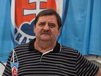 Na Slovane im nezáleží a ich prioritou sú peniaze, ostro kritizuje hráčov legendárny Čapkovič