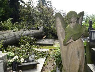Pojišťovny: Červencové bouře způsobily škody téměř za miliardu