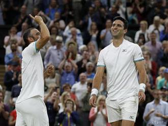 Kolumbijčania Cabal s Farahom ovládli na Wimbledone finále štvorhry