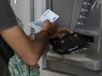 V Nemecku ubudlo pokusov o vylúpenie bankomatov