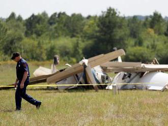Pri havárii malého lietadla vo Švédsku zomrelo deväť ľudí