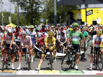 Na Tour de France predčasne skončili dvaja pretekári