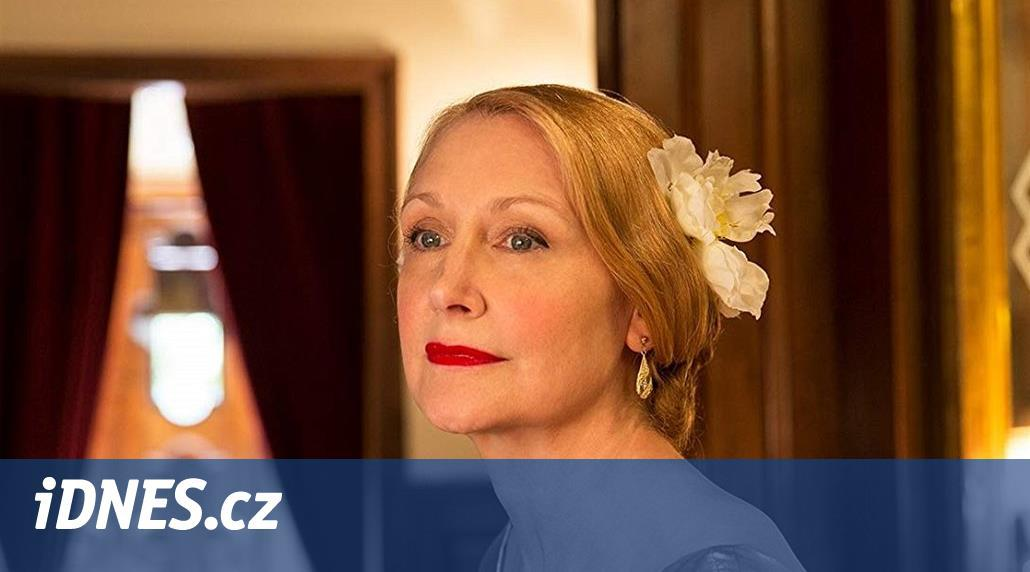RECENZE: Odpudivá až odporná. Hvězda Varů Patricia Clarksonová vítězí - iDNES.cz