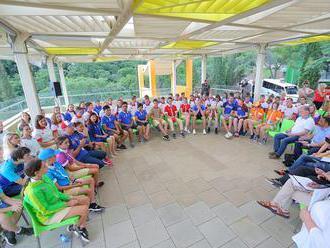 Novinári z viacerých krajín navštívili Medzinárodné detské centrum Artek na Kryme. Označili ho za st