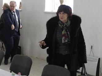 Jedna z rebeliek v Smere, bývalá europoslankyňa, Smolková zostáva v strane. Diskusia s Ficom bola po