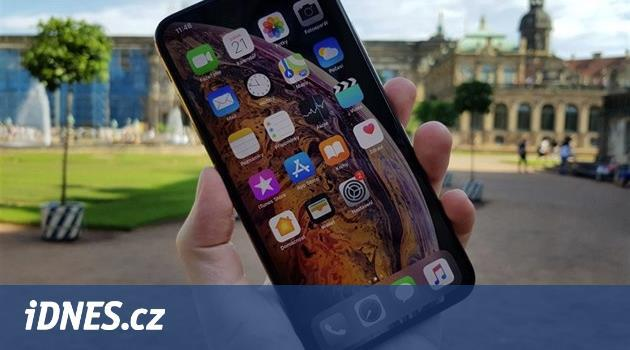 Apple chystá levný iPhone se snímačem otisků. Nebude pro každého