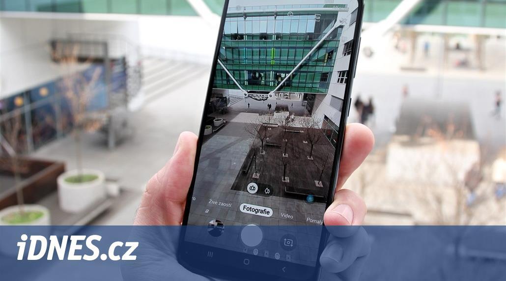 Kompromisy: Samsung Galaxy A50 fotí jako čtyři roky stará špička