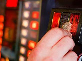 Celníci na jihu Moravy objevili 12 nelegálních heren a zabavili skoro 50 automatů