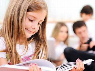 Recenze: Chci číst jako táta s mámou
