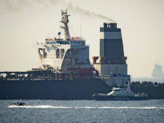 """Irán požiadal Veľkú Britániu o prepustenie supertankera a obvinil ju z hrania """"nebezpečnej hry"""