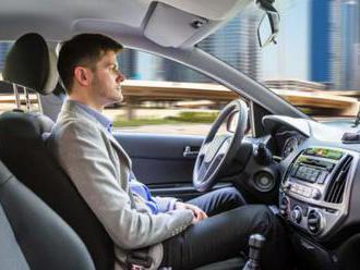 Volkswagen a Ford budú spoločne vyrábať samoriadené autá, chcú dosiahnuť bezkonkurenčnú spôsobilosť