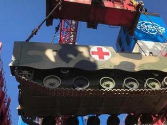 Čínské vojenské transportéry poprvé vstoupily na evropskou půdu