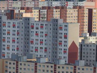 Petržalka požiadala ľudí, aby im dali kópie kľúčov od bytoviek
