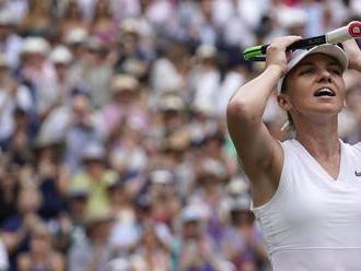 Serena sfúkla Strýcovú. V ceste za vyrovnaním rekordu jej bude stáť Halepová
