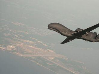 Američania v Hormuzskom prielive zostrelili iránsky dron