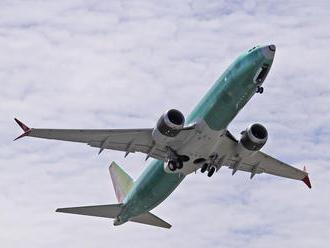Pri turbulenciách počas letu do Austrálie utrpelo zranenia najmenej 35 ľudí