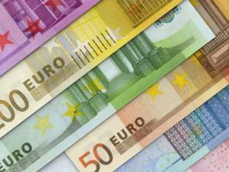 Rozdiel platov západných a východných Nemcov = 3340 : 2790 eur