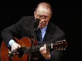 Zomrel legendárny brazílsky hudobník Joao Gilberto