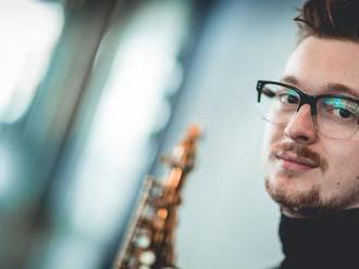 Saxofonista Nikola Bankov. Nový talent na scéne