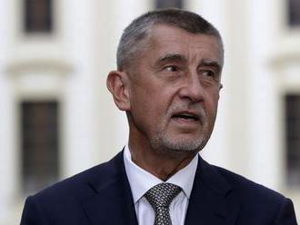 Najpopulárnejším politikom v Česku zostáva aj napriek poklesu Babiš