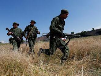 Na východe Ukrajiny boli deň pred voľbami zabití dvaja vojaci a civilista