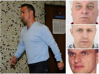 FOTO Interpol hľadá osemnástich Slovákov: Večne nezvestný Mello a náhly útek Okoličányho