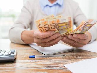 Sporitelia v druhom pilieri čoraz častejšie menia dôchodkovú správcovskú spoločnosť