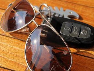 4 dôvody, prečo sa oplatí nosiť šoférske okuliare
