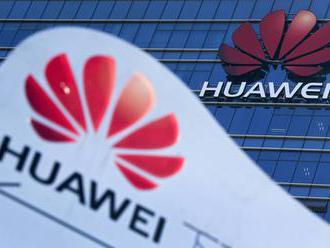 Huawei môže naďalej nakupovať od amerických subdodávateľov, USA však sťažili obchádzanie sankcií
