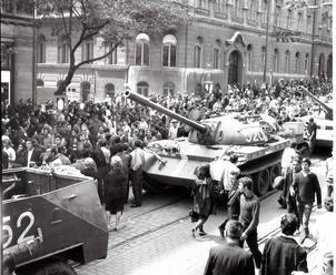 Inváziu do Československa v auguste 1968 odsúdili aj mnohí zahraniční komunisti