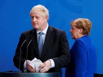 Johnson chce brexit s dohodou, irskou pojistku ale považuje za nepřijatelnou
