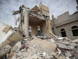 Iránsky najvyšší vodca vyzval na podporu jemenských povstalcov