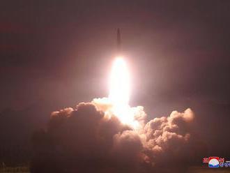 Severokórejci napriek americkým doporučeniam pokračujú v testoch svojich balistických rakiet