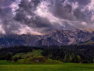 Tatry zaplavují nezkušení turisté, předpověď počasí nesledují, bouřky ignorují