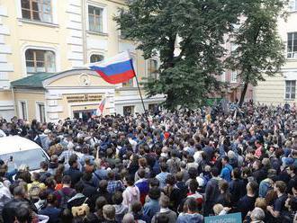V Moskve povolili opozičné zhromaždenie pre 100-tisíc ľudí