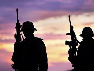 Bývalý šéf francúzskych tajných služieb sa priznal k tajnej dohode s teroristami
