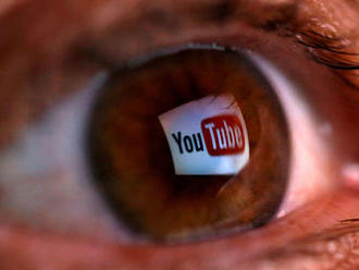 YouTube zablokoval za kampaň proti protestom v Hongkongu 210 kanálov