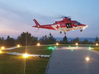 Rušná noc horských záchranárov: FOTO Vo Vysokých Tatrách pomáhali horolezcom aj turistom