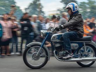 Strakonická ČZ slaví 100 let, představila přes 600 motocyklů