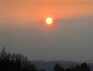 Za karmínové soumraky v Česku může sopka na Kurilských ostrovech