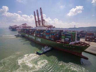 Trump: USA o dva týdny odsouvají navýšení cla na čínské zboží