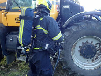 Požár traktoru vměstě Mozkovice-Slížany byl uhašen před příjezdemhasičů