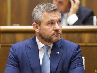 VIDEO:Poslanci sa na mimoriadnej schôdzi pokúšajú odvolať Pellegriniho