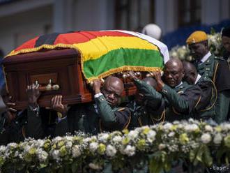 Mugabeho pohreb odložia o mesiac, pochovajú ho v mauzóleu