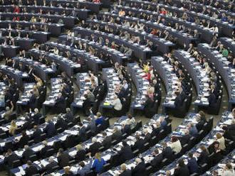 Politické skupiny v EP navrhli nominantov na Sacharovou cenu