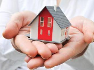 Hypotéky dál zlevňují, žadatelů přesto ubývá. Banky přidávají služby zdarma